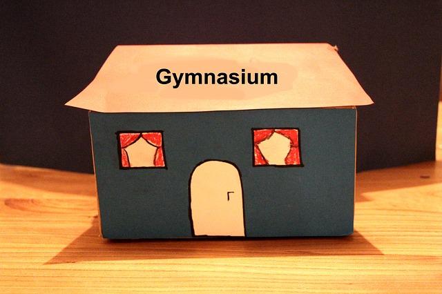 budova gymnasia
