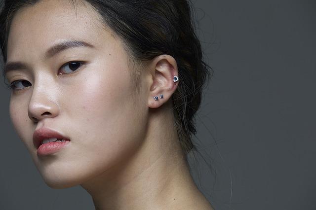 piercing v uchu