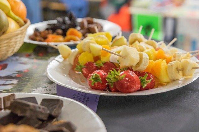 ovoce na talíři.jpg