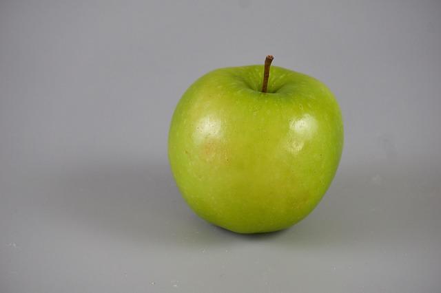 zelené jablko.jpg