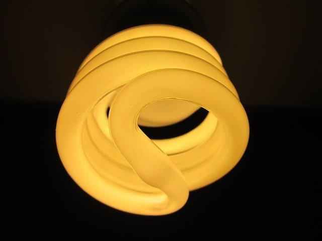 fluorescenční světlo.jpg