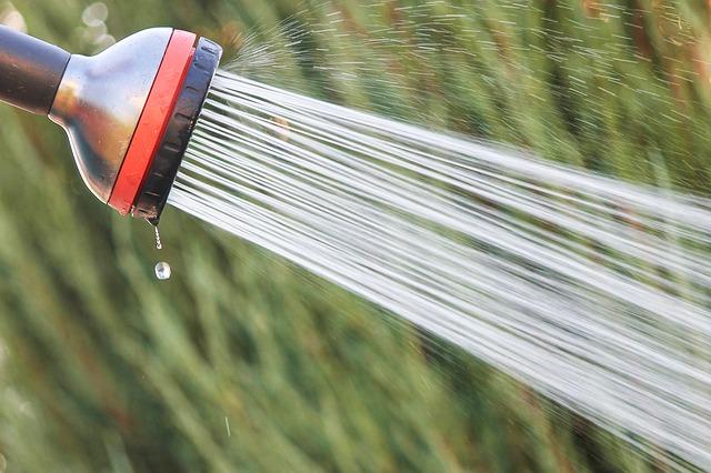 sprcha zahradní