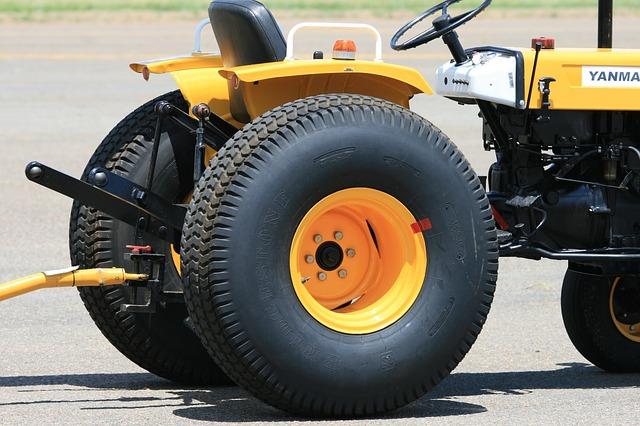 Tažné zařízení u traktoru