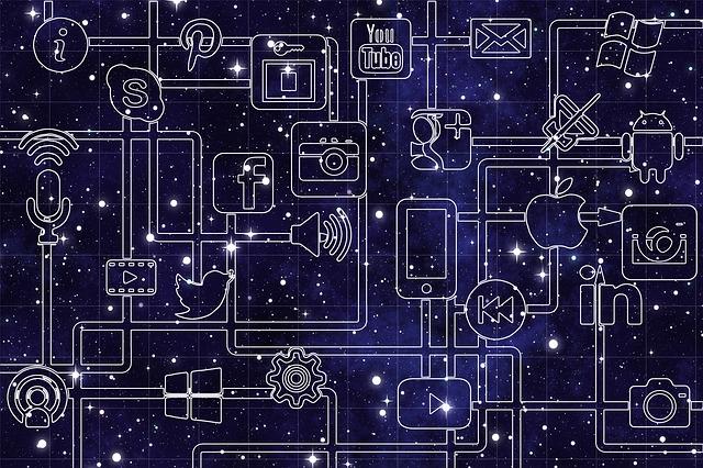 propojení sociálních sítí na internetu