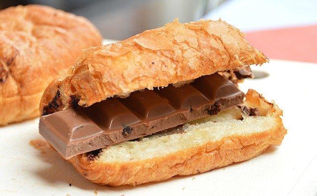 croissant, čokoláda